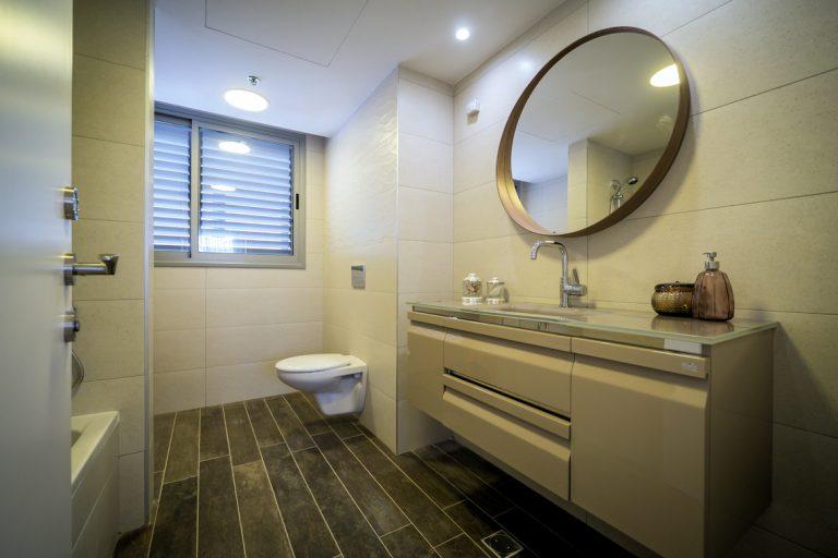 חדר אמבטיה עיצוב דירה
