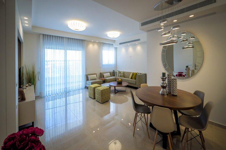 רחלי יעיש עיצוב סלון עיצוב תאורה דירה