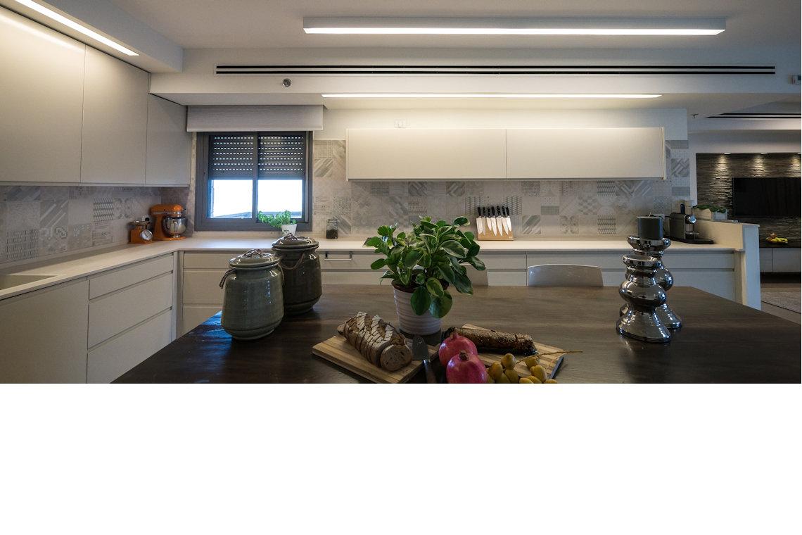 עיצוב מטבח בסגנון מודרני
