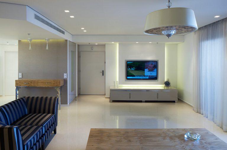עיצוב פינת ישיבה בדירת פנטהאוז - רחלי יעיש מעצבת פנים