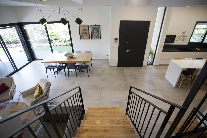 עיצוב בית בסגנון מודרני במרכז הארץ