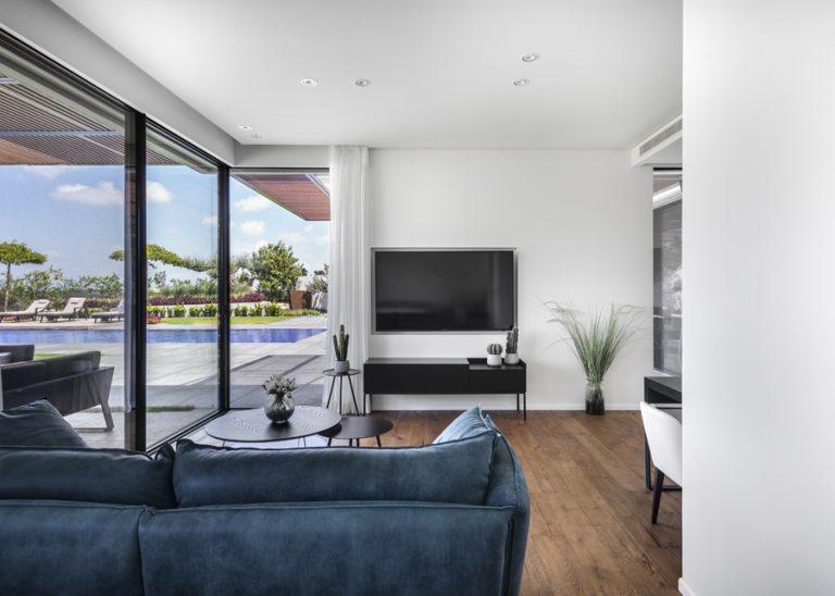 עיצוב בתי יוקרה פרטיים, עיצוב סלון מודרני בית פרטי יוקרתי | רחלי יעיש - עיצוב פנים