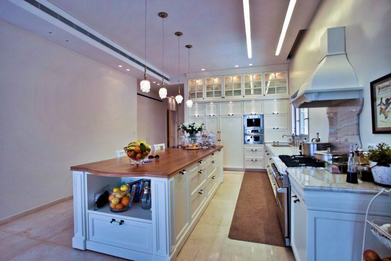 עיצוב מטבח בסגנון מודרני, עיצוב פנים מודרני | רחלי יעיש